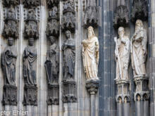 Figuren am Eingang  Köln Nordrhein-Westfalen Deutschland by Peter Ehlert in Köln_Dom